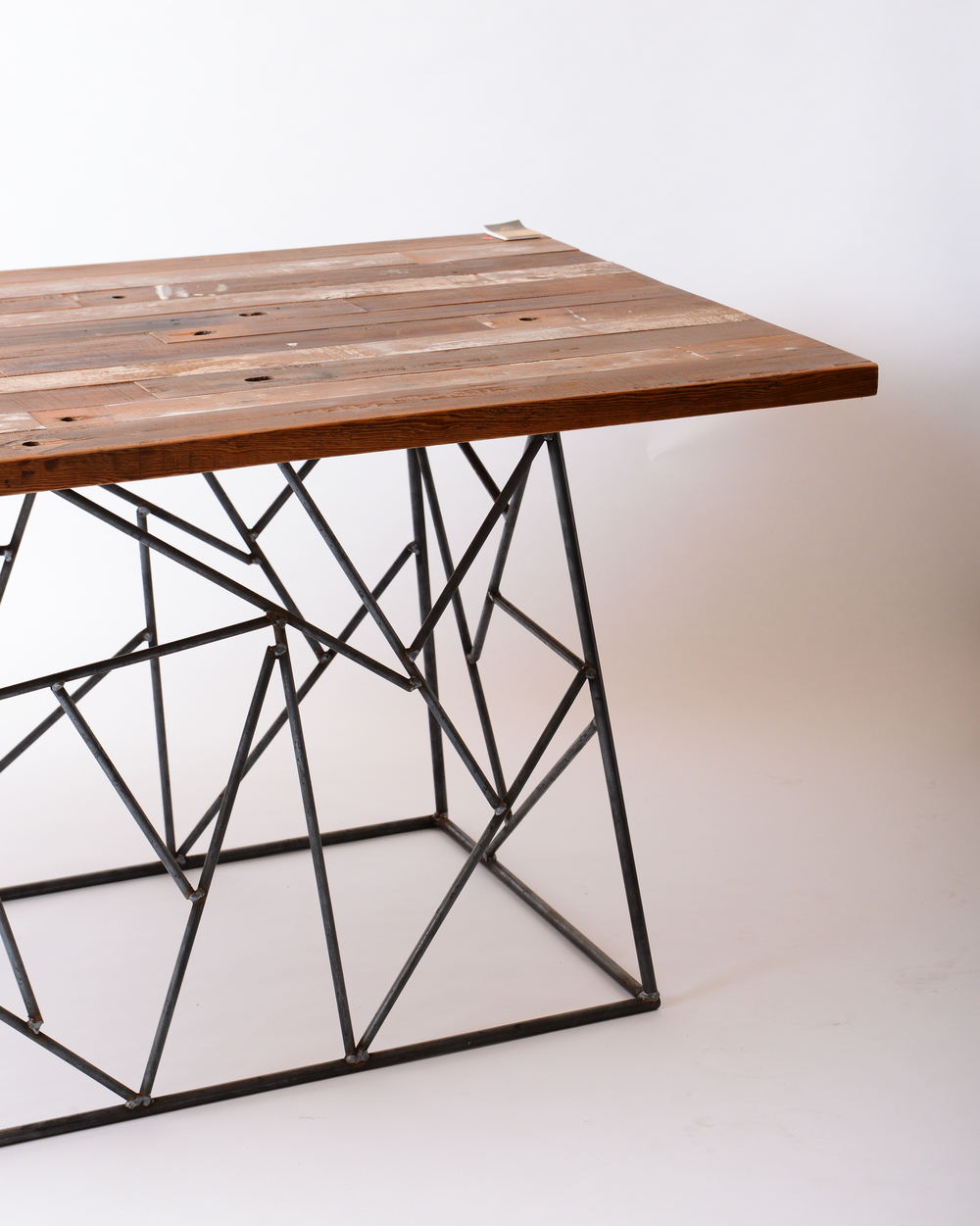 Space table