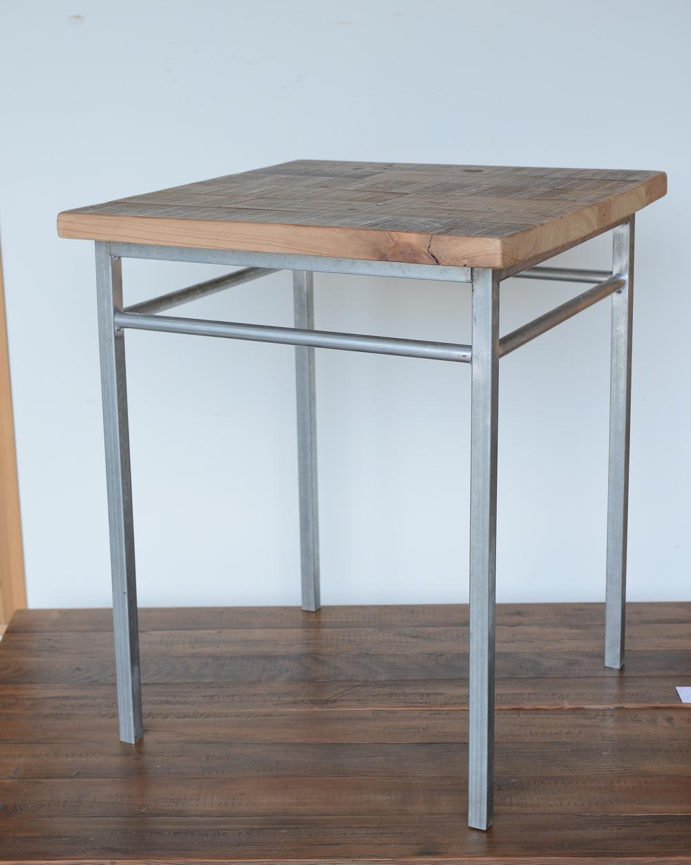 TS-I-05 Coffee table 錏管方管 x 栂木  NT 8,600 (未稅)