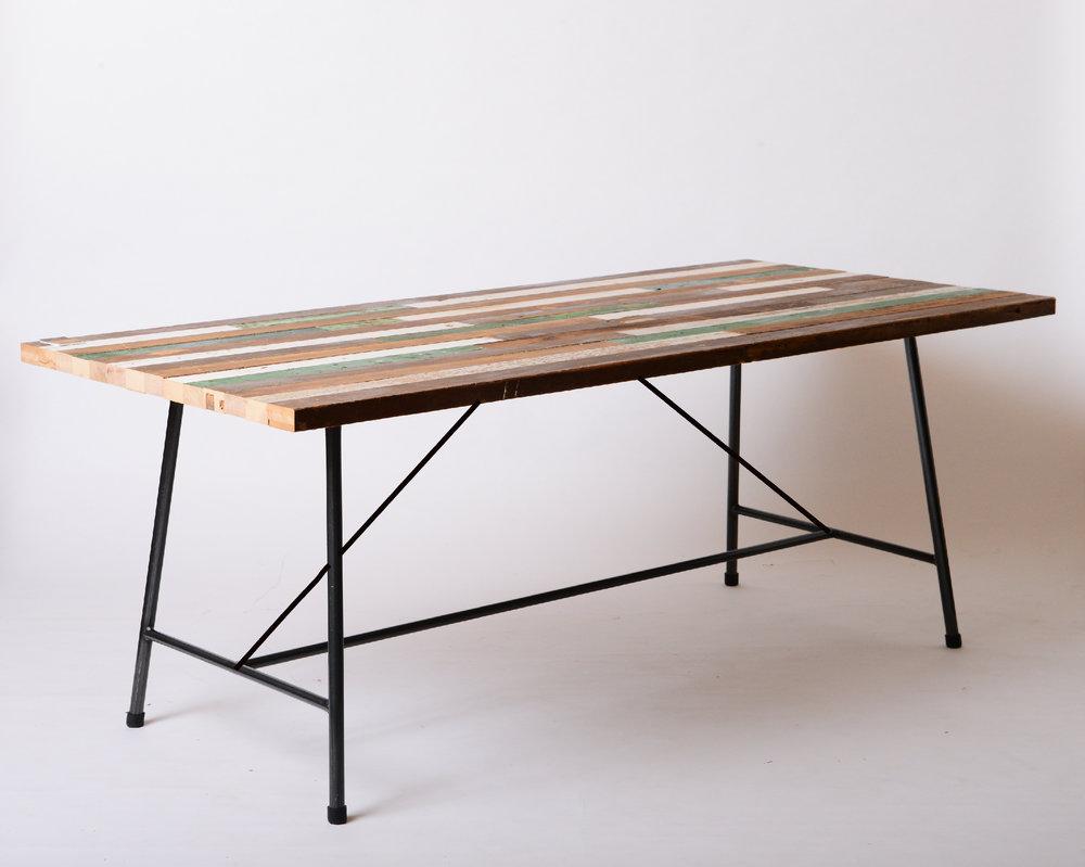 F-04 H dining table 台灣檜木彩面  Size:L150~300xW80~90xH75cm  NT 30,000起 (未稅,運費另計)