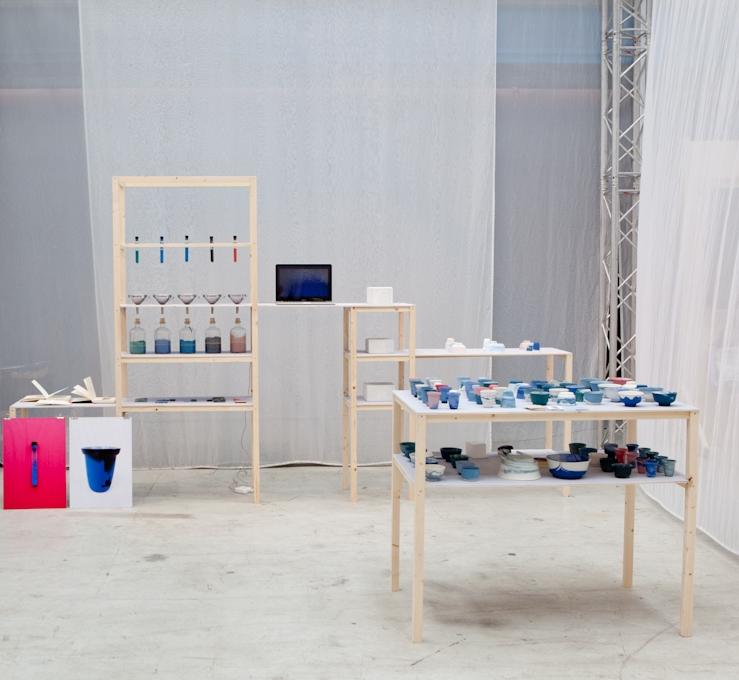 Alissa & Nienkeleerden elkaar op de Design Academy in Eindhoven kennen en delen hun liefde voor materiaal en kleur. Het verhaal achter hun eerste collectie vertelden ze met een mini-expo op showUP.