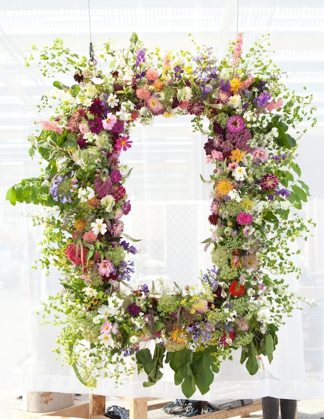 Een enorme en prachtige schilderijlijst van bloemen. Dat was wat Vilnder en Vogel dit jaar voor ons maakte