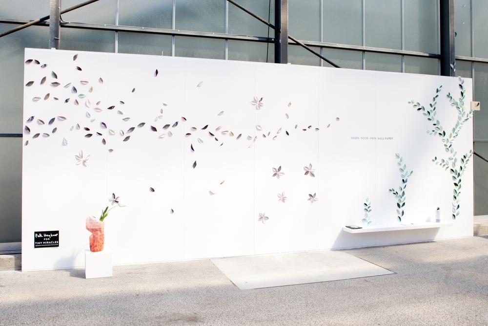 Pepe Heykoop liet zijn nieuwste product zien. Wallpaper leaves, handgemaakte blaadjes van papier waarmee je je eigen muur decoreert.