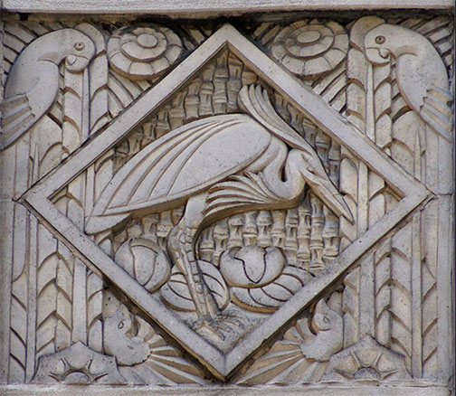 Art-deco-relief-panel-with-heron-and-parrots-on-the-Wacker-Tower-building-on-East-Wacker-Place-in-the-downtown-area-of-Chicago-Atelier-Teee-Flickr.jpg