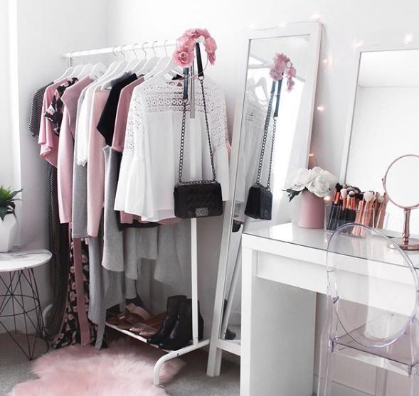 wardrobe1.PNG