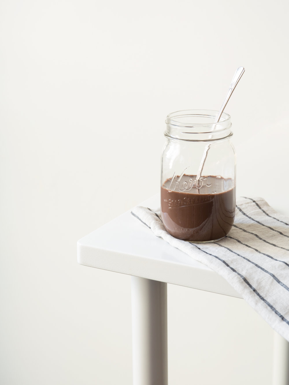 27-PORTABLE-SNACKS_CHOCOLATE-MILK.jpg