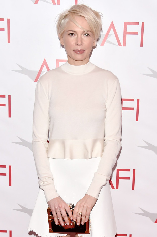 Michelle Williams wears the Ethel Ring in diamonds to the 2017 AFI luncheon