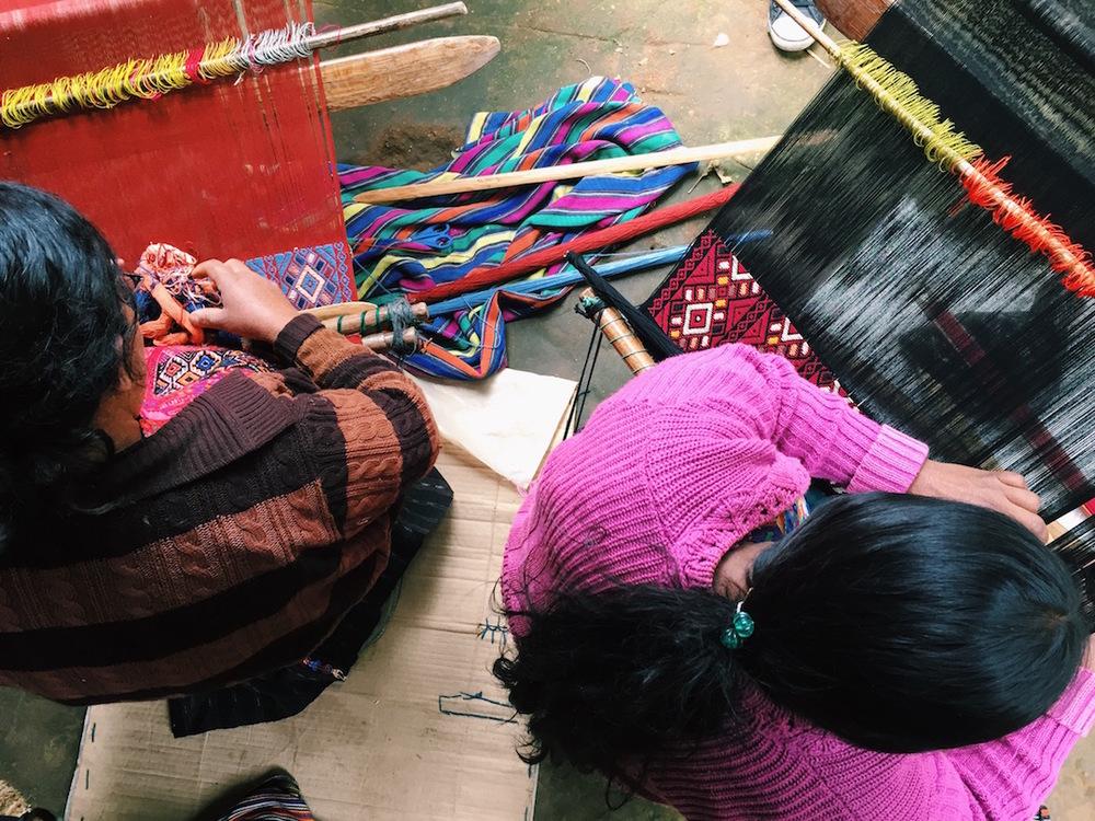 artisans_weaving.JPG