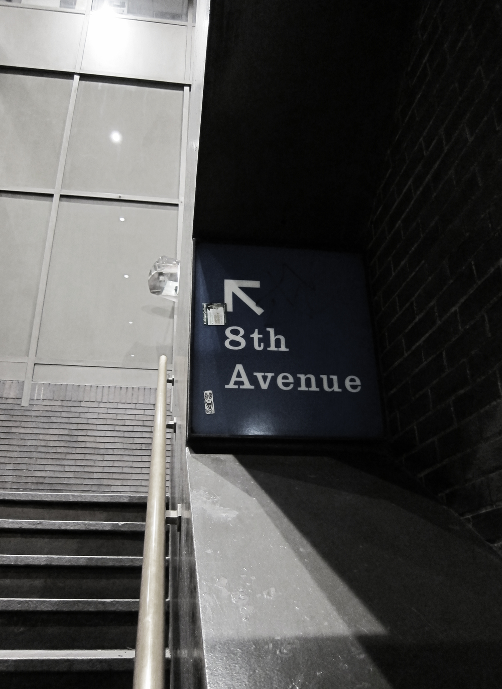 8th Ave
