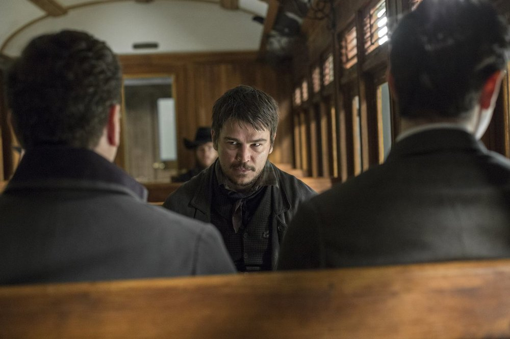 Ethan-Train-Penny-Dreadful-3x01.jpg