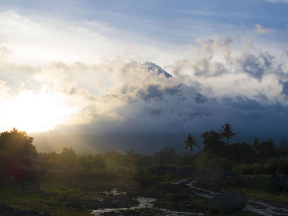 Mayon.jpg