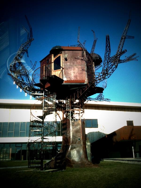 Dogfish head statue