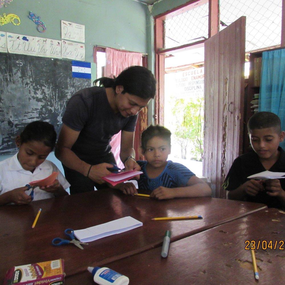 Gerson Gonzales   Partnership Coordinator,  Un Mundo