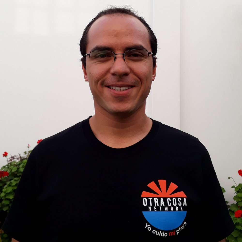 Oscar Vilela Seminario   Partnership Coordinator,  Otra Cosa Network