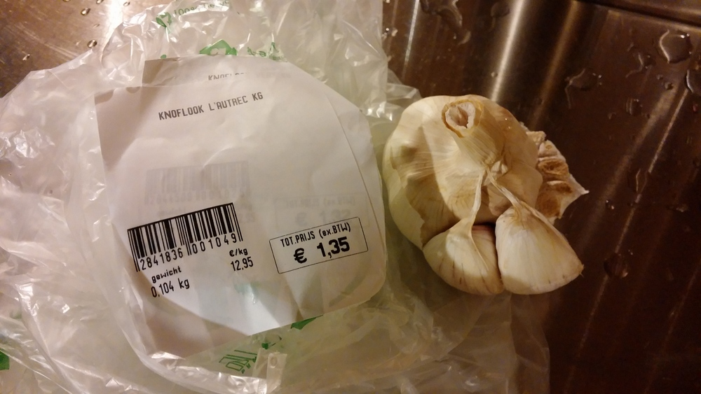 The produce labels at Makro. The other half of that garlic went into the soup.