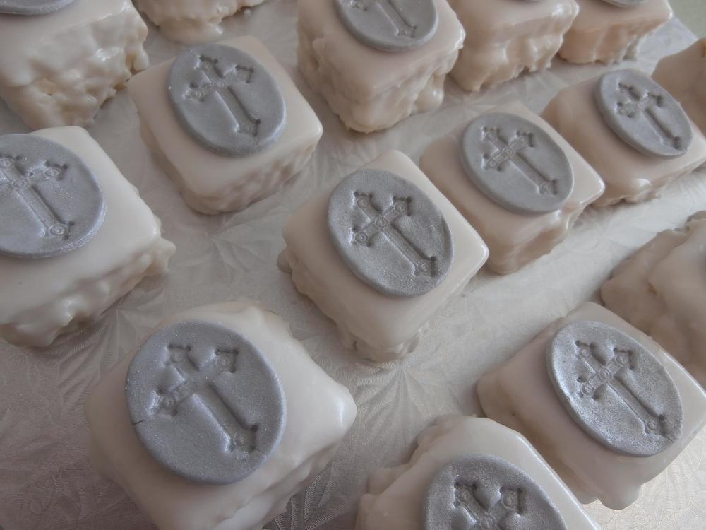 mini pastries petite fours.jpg