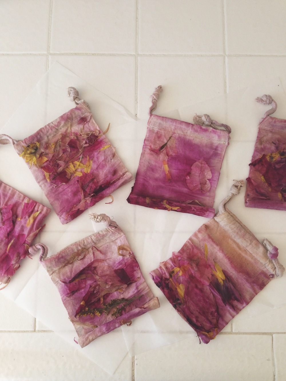 Fabric Dyeing with Flowers - Aquarian Soul