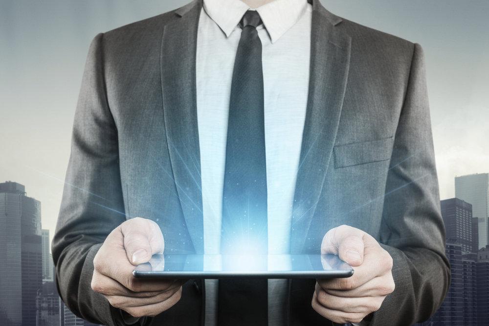 5. TECNOLOGÍA - La tecnología permite eficientar procesos y eliminar la complejidad dentro de las organizaciones, fomenta la comunicación y la transparencia, acelera los flujos de trabajo.