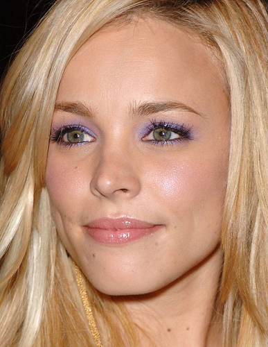 rachel_mcadams_wear_purple_eyeshadow.jpeg