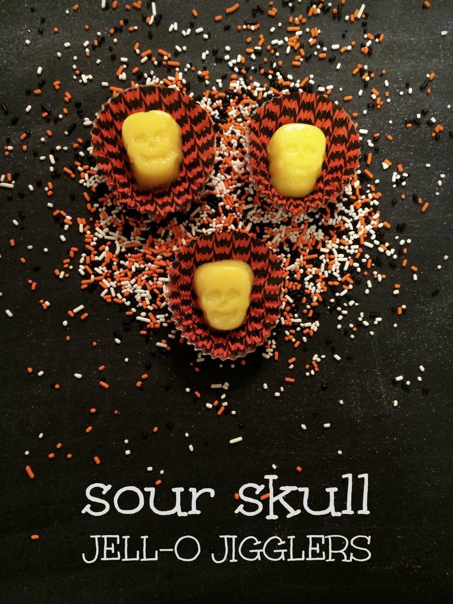 sour_skull_jello_jigglers.jpg