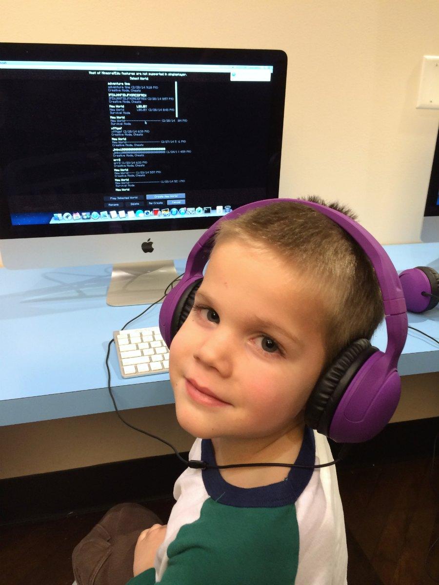 zaniac_minecraft_headphones_boy.jpg