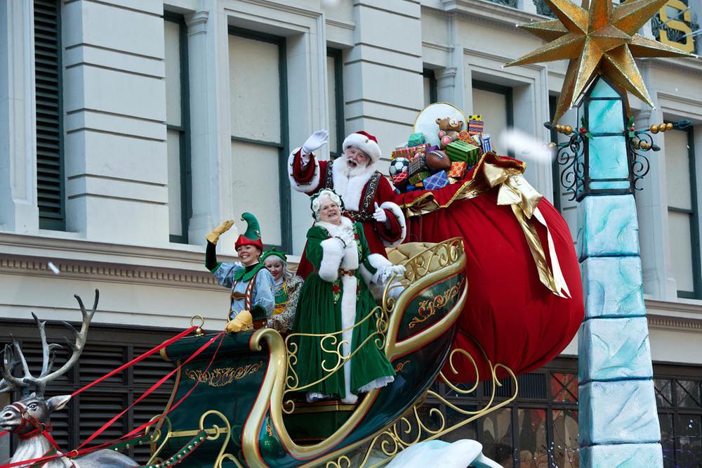 click the photo for parade info