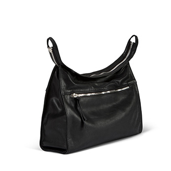JUDTLV-style146-2IN1-blck-leather-shoulder-bag-oversize-clutch-800-DISCOUNT-599--PHOTO-YARON-VINBERG.jpg