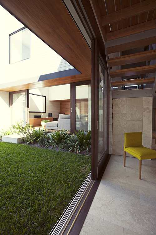 Gary Hamer Interior Design Courtyard