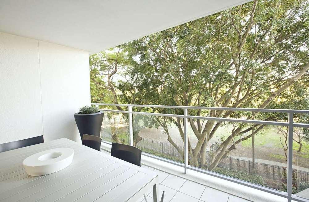 Courtyards and balcony design Gary Hamer Interior Design Brisbane
