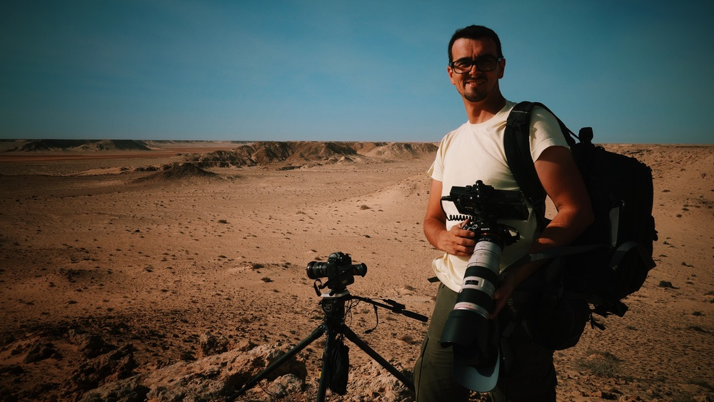 Stefan filming some Saharan moonscapes.