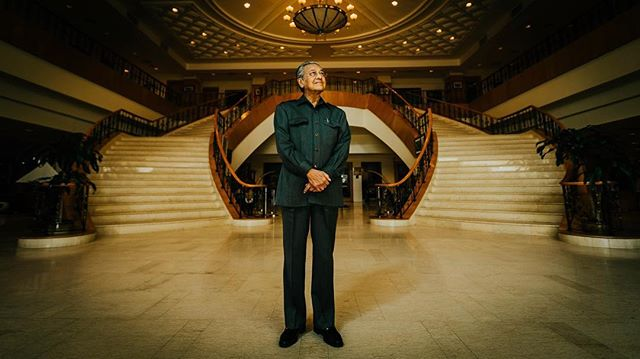 The Malaysian people have spoken. Congratulations to Mahathir Bin Mohamad, who has declared victory at the country's recent election. 🇲🇾 . Took this portrait in August 2016 at Putrajaya, Malaysia. Canon EOS 1D-C with the EF 16-35mm f2.8 L II USM. . . . #malaysia #ge14 #malaysian #election  #kualalumpur #iphone7 #government #travel #politics #travelgram #asian #picoftheday #asia #pru14 #travelstoke #canon #portrait #news #ge14🇲🇾 #roadtrip #merdeka #tunmahathir #photooftheday #documentary #asean #mahathir #vsco #putrajaya #trip #iphone