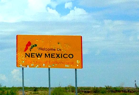 EH_WelcomeToNewMexico.JPG