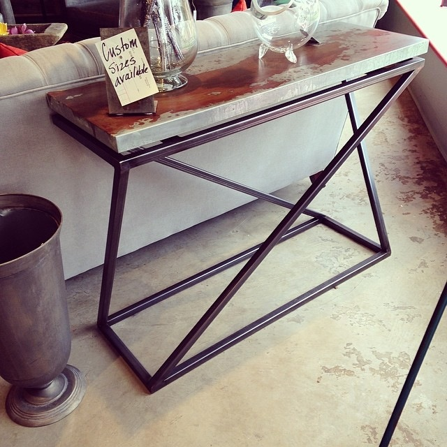 Fazlur Console Table