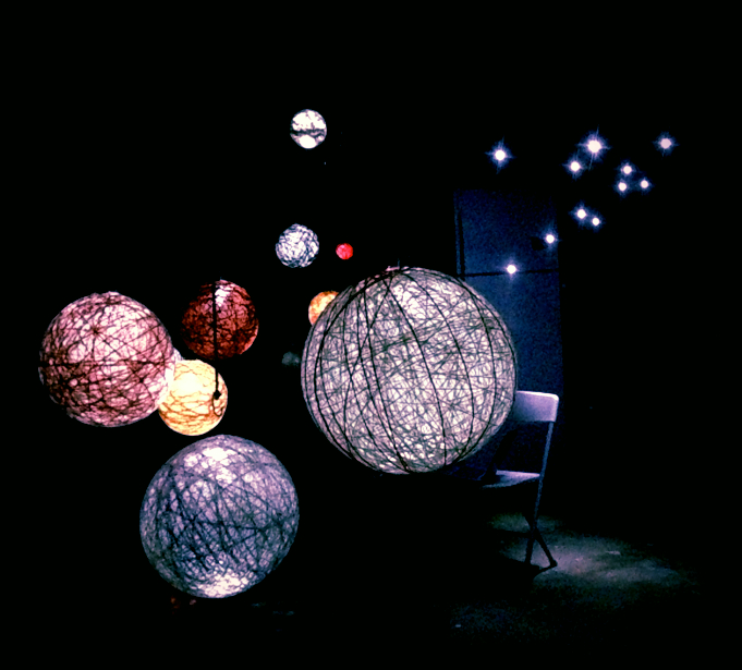 globes dark.jpg