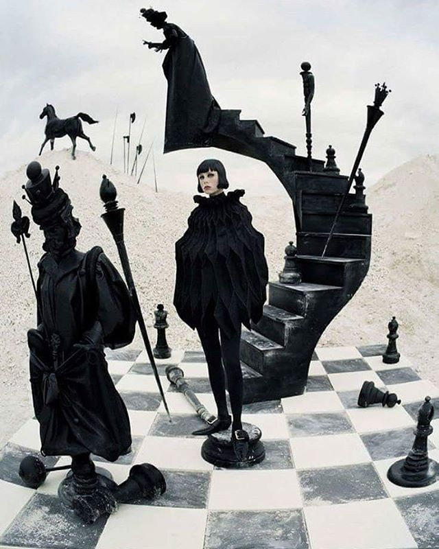wearereadymade: Edie Campbell by Tim Walker for Vogue Italia #editorial #fashion #fblogger #ediecampbell #timwalker #vogueitalia #weird #dream #blackandwhite