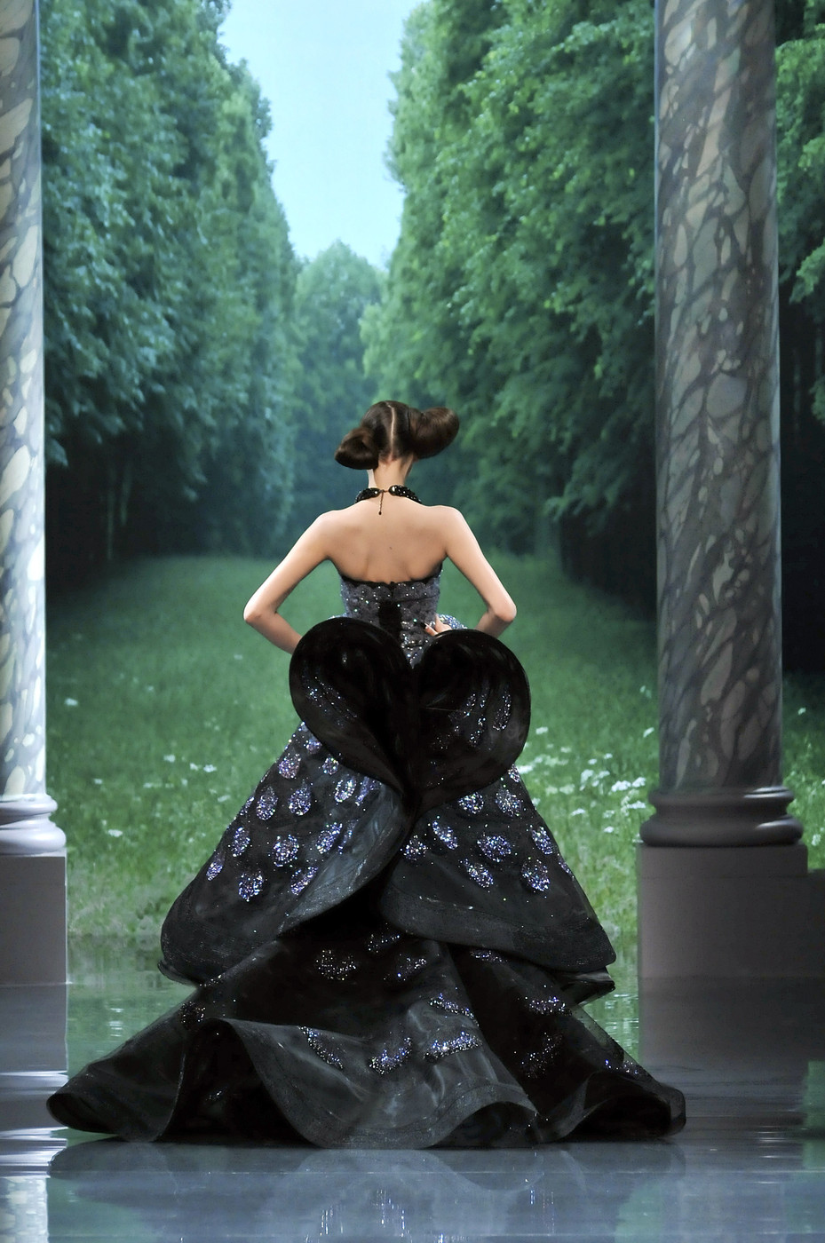 fay-wray: Christian Dior Fall/Winter 2008 Haute Couture