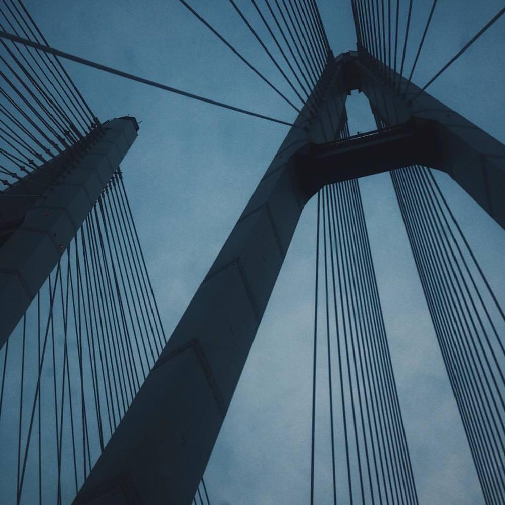 alexandrovphil :     #bridge #sky #lines #dark #darkstyle #concept #minimal #minimalism #shadow #spb #road  #vsco #vscocam #vscoblack #vscorussia #horizon  (at Вантовый Мост)