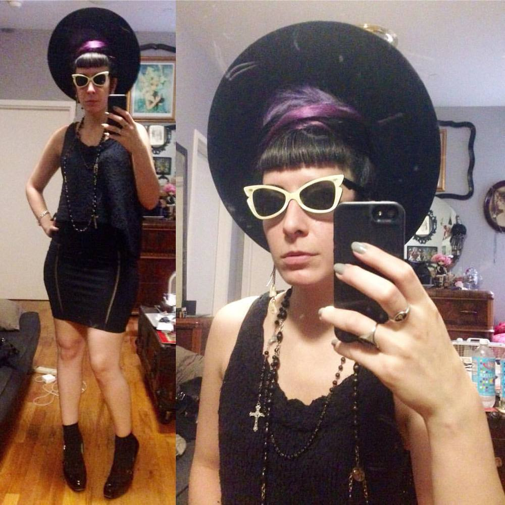 Went on a bit of a stroll. #vintagehat, #vintagesunglasses, #allsaintsspitalfields loose top, #laperla skirt, #viviennewestwood heels. #darkstyle #darkfashion #dark #style #fashion #nycstyle #nycfashion