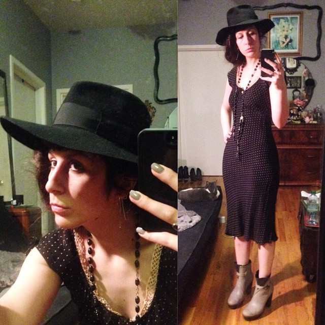 Quick shot before heading off to Brooklyn tonight in the rain. No makeup but so exited I get to wear my new #rainboots. #vintagehat, old #betsyjohnson dress, and #sorrel #wellies. #rainfashion #rainbootheels #vintagestyle #dark #darkstyle #darkfashion #fashion #style #nycfashion