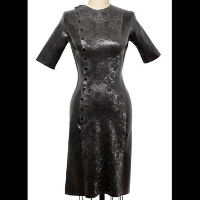 Added our #babyloveslatex #latex Side Snap dress to #reneemasoomian.com. Dress available with any of our #printedlatex or #texturedlatex. #latexdress #latexdesigner #latexfashion #latexcouture #bespokelatex #dark #darkstyle #darkfashion #fashion #style #fashionlatex #fetishfashion #latexclothing #bespokefashion #latexlove #latexfetish #allblack  (at reneemasoomian.com)     http://www.reneemasoomian.com/dressesbll/side-snap-dress-with-printed-panel