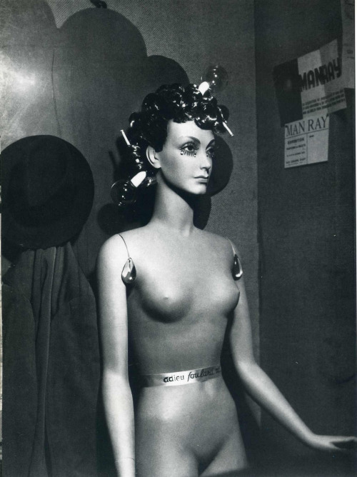 dollmeat7 :     Man Ray c.1934