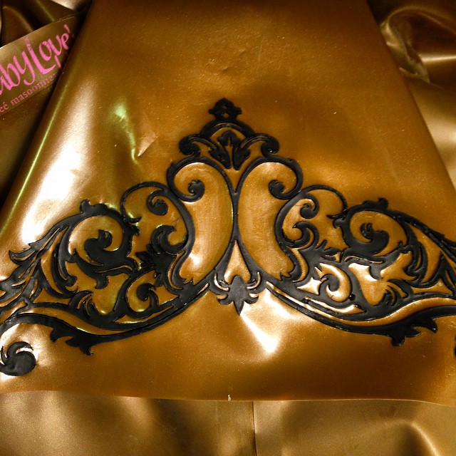 Another closeup of what we have been working on in the #BabyLovesLatex studio the past few days. #Latex #moldedlatex #latexlace #latexjacket #latexfashion #latexfetish #latexcouture #latexclothing #latexdesigner #fetishwear #fashionlatex #fashion #dark #darkstyle #darkfashion #style #bespoke #handmade #couturelatex #ReneeMasoomian