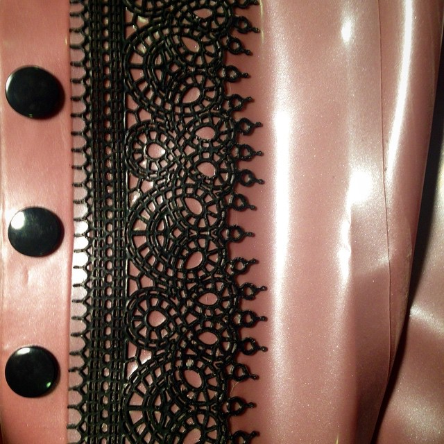 A little close up of something we have been working on here in the #BabyLovesLatex studio. #latexlace #Latex #latexcouture #latexfashion #latexclothing #latexfetish #ReneeMasoomian #fetishfashion #lace #mouldedlace #dark #darkstyle #darkfashion #fashion #style #handmade #nycdesigner