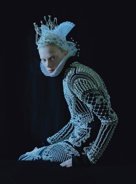 crooks-lovers: Kristen McMenamy by Tim Walker