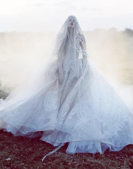 morbid-eleganza :      Kristen McMenamy  by  Tim Walker