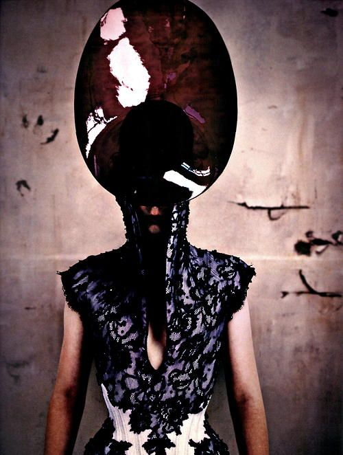 maryjopeace: SEAN ELLIS | THE FACE MAGAZINE | ALEXANDER MCQUEEN | STYLED ISABELLA BLOW | FALL/WINTER 1996