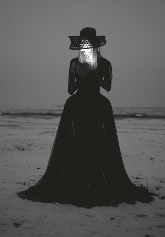 hautekills: Rituel, Anna Selezneva by Iain McKell / Numéro #142 April 2013