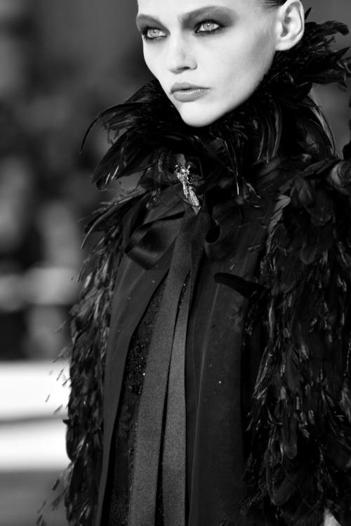 dreamsinmonochrome: Chanel - SS11
