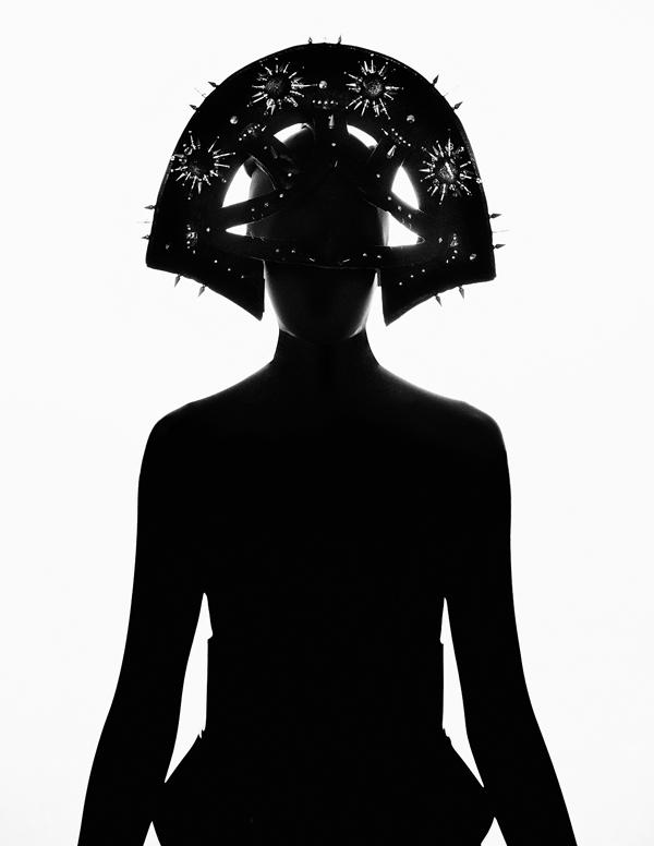 vorpal-iridescence: Headdress by House of Malakai
