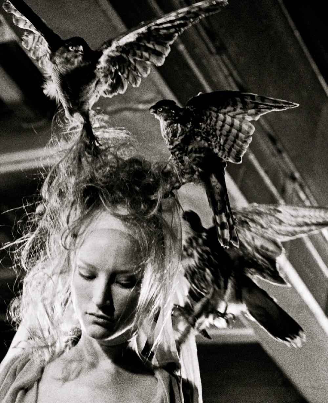 chiffonandribbons :      Jade Parfitt, Alexander McQueen S/S 2001