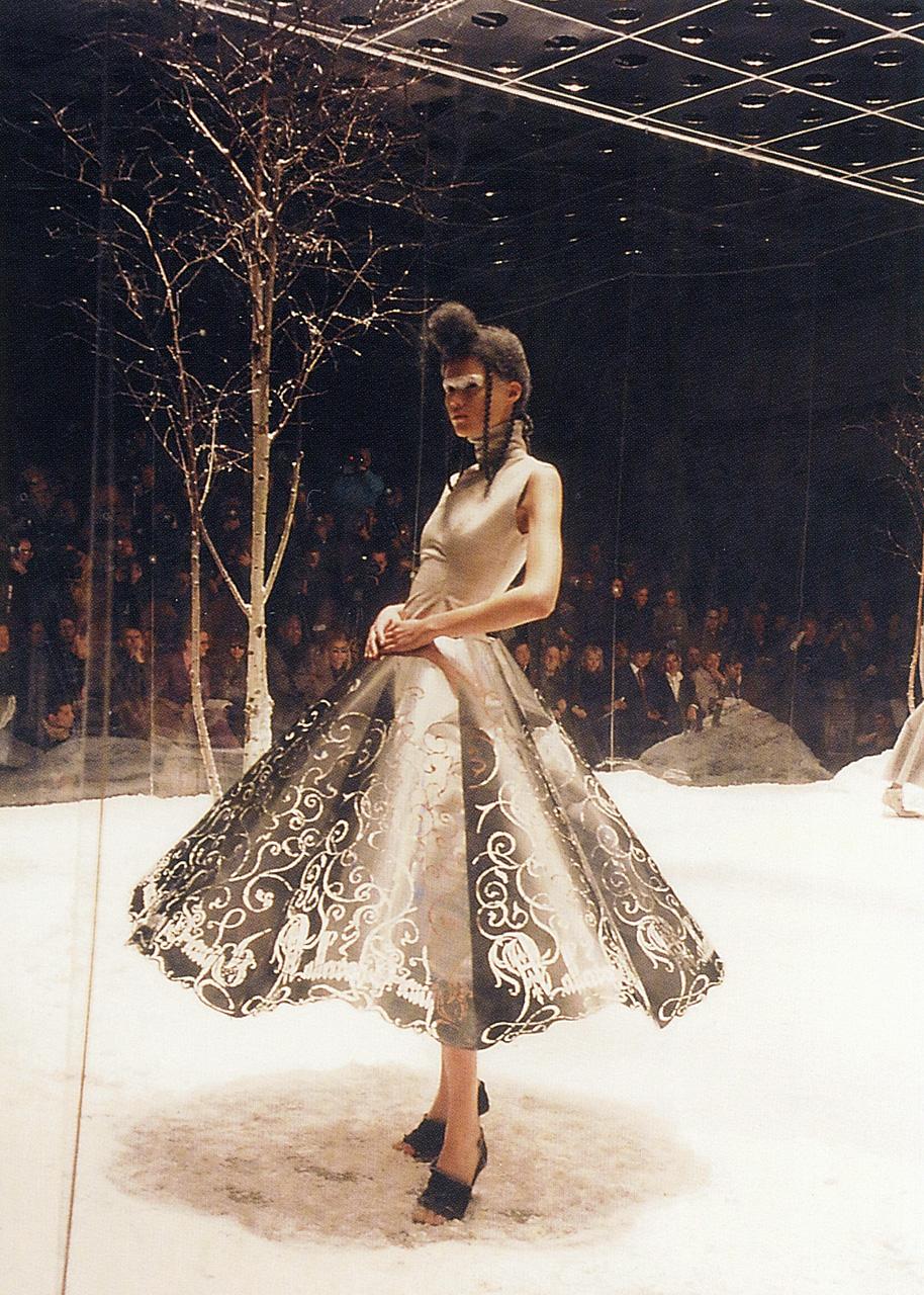 notafashionbl0g: Alexander McQueen, The Overlook Fall/Winter 1999-2000